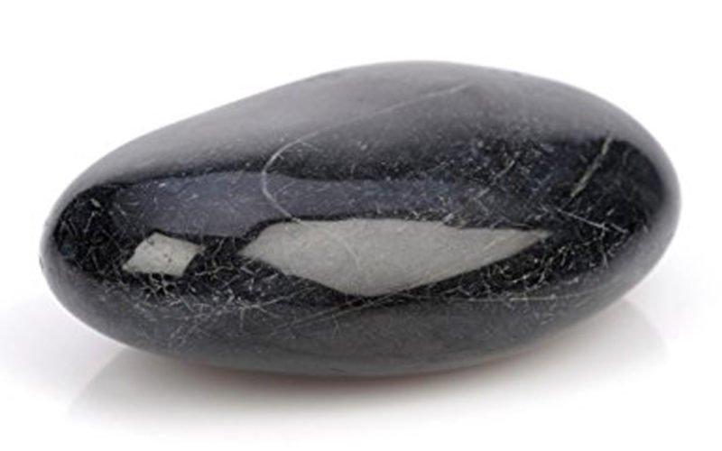 Basalt stein geschliffen